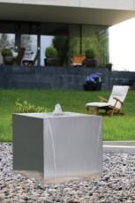 zunanja fontana Cube 75