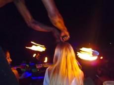 show z ognjem