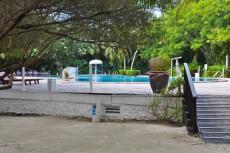 bazen na otoku