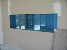 akvarij vgrajen v steno