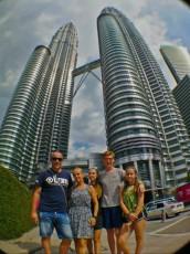 Petronas Twin Towers najvecja znamenitost Kuala Lumpurja