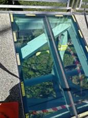Skybridge stekleno dno na mostu