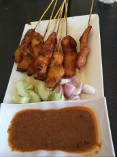 cena hrane pecena kura Langkawi