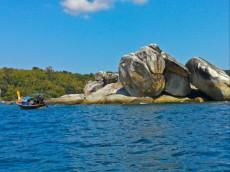 najlepse plaze knenavadna postavitev skal